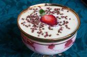 weiße Schokolade Berry mousse