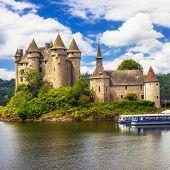 castle on lake - Chateau de Val, France