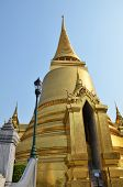 picture of tantric  - A golden pagoda Grand Palace Bangkok Thailand - JPG