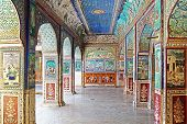 The decoration of the Bundi Palace.