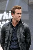 Ryan Reynolds at the United States Premiere of 'X-Men Origins Wolverine'. Harkins Theatres, Tempe, A