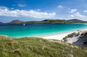 Outer Hebrides : White Sandy Beach And Turquoise Sea