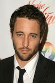 Alex O'Loughlin at the 2009 Noche De Ninos Gala. Beverly Hilton Hotel, Beverly Hills, CA. 05-09-09