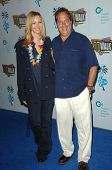 Lisa Kudrow and Jon Lovitz  at the Jon Lovitz Comedy Club Charity Opening, benefitting the Ovarian C