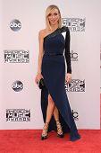 LOS ANGELES - NOV 23:  Giuliana Rancic arrives to the 2014 American Music Awards on November 23, 2014 in Los Angeles, CA