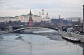 Постер, плакат: Moscow Kremlin From The Side Of Patriarchal Bridge