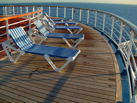 foto of cruise ship  - deck chairs on deck of cruise ship - JPG
