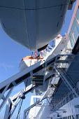 Passenger ship life boats