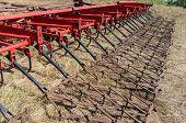 máquina agrícola en campo