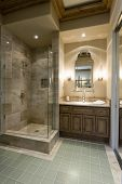 pic of shower-cubicle  - Marble shower cubicle with tiled green floor - JPG