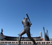 picture of willy  - Statue of Willie McCovey taking a swing in front of San Francisco Giants Baseball Park - JPG