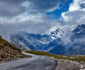 image of himachal  - Road in Himalayas - JPG