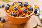Corn Flakes With Fresh Blueberries