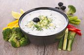 yogurt sauce and vegetable