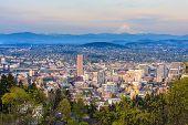foto of portland oregon  - View of Portland Oregon from Pittock Mansion - JPG
