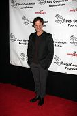 LOS ANGELES - 9 de outubro: Christian LeBlanc chega ao benefício