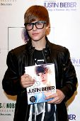 LOS ANGELES - OCT 31:  Justin Bieber at a book signing for Justin Bieber's book