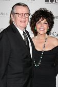 LOS ANGELES - NOV 13:  Robert Daly, Carole Bayer Sager arrive at the MOCA's Annual Gala