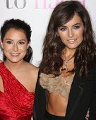 LOS ANGELES - 18 de JAN: Alexa Vega, Camilla Belle chega no