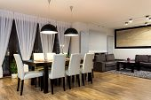 picture of mansion  - Urban apartment - Table with chairs in modern dining room