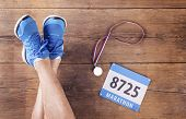 picture of medal  - Legs of a runner - JPG