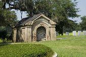 19 Th Century Tomb