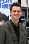 LOS ANGELES - JUN 12:  Jim Carrey arriving at the