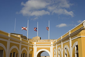 picture of san juan puerto rico  - View of the main plaza in the courtyard of the fort El Morro Old San Juan Puerto Rico - JPG