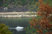 Boating Lake Cumberland KY
