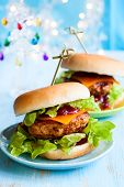 Christmas Turkey Burgers With Cranberry Sauce