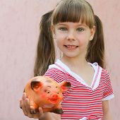 The girl with the money box in hand