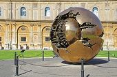������, ������: Golden World Ball In Vatican With Green Grass Rome Italy