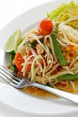 som tam, green papaya salad, thai cuisine