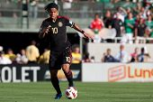 PASADENA, CA. - MAY 25: Mexico F Giovani Dos Santos #10 during the 2011 CONCACAF Gold Cup championsh