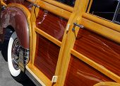1947 Woodie Side Panels
