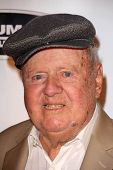 LOS ANGELES - SEP 6:  Dick Van Patten at the