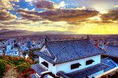 Burg Matsumoto und Matsumoto Stadtansicht