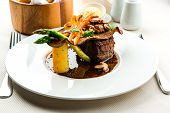 Fillet Mignon With Vegetables