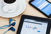 Search Engine Google And The Entrance To The Facebook Social Network