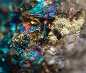 foto of iron pyrite  - Crystalnugget gold bronze copper iron - JPG