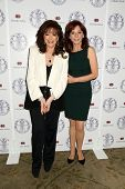 LOS ANGELES - APR 22:  Jackie Collins, Marilu Henner at the Women's Guild Cedars-Sinai Luncheon at B