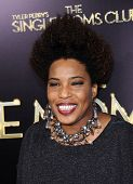LOS ANGELES - MAR 10:  Macy Gray arrives to the Tyler Perry's