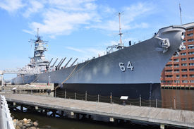 foto of battleship  - USS Wisconsin Battleship  - JPG