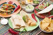 Chicken Tamales With Green Salsa