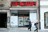 Closed Magma Store