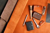 pic of leather tool  - Hand made leather man accessories and tools - JPG