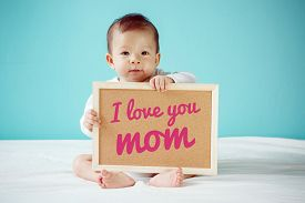 foto of i love you mom  - Baby writing  - JPG