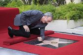 LOS ANGELES - AUG 10: Neil Diamond at a ceremony honoring Neil Diamond with the 2,475th Star on the