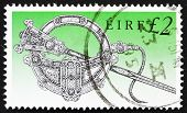 Postage stamp Ireland 1990 Tara Brooch