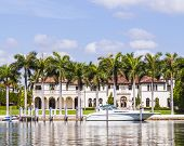 Luxury Houses At The Canal In Miami